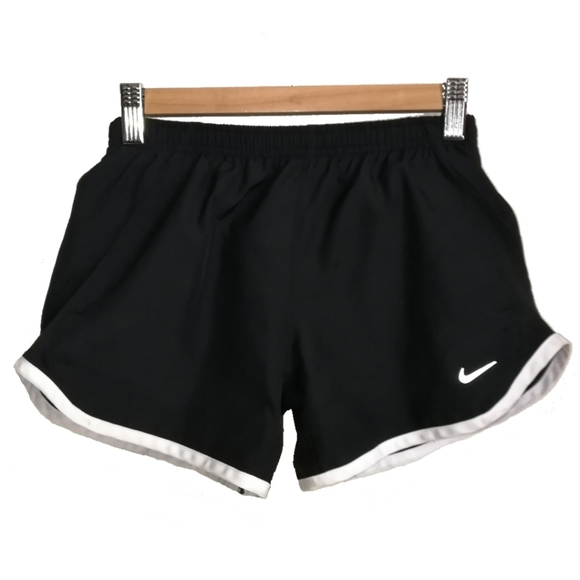 NIKE Black & White Sport Shorts, size Medium